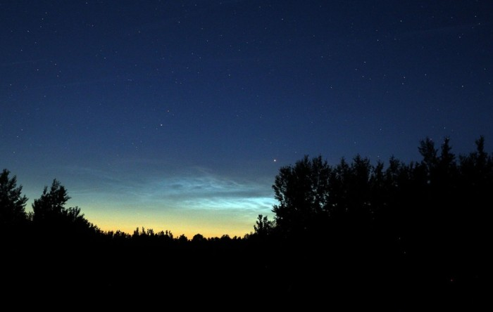 Noctilucent-clouds-June12_13_2012-ES-1024x650